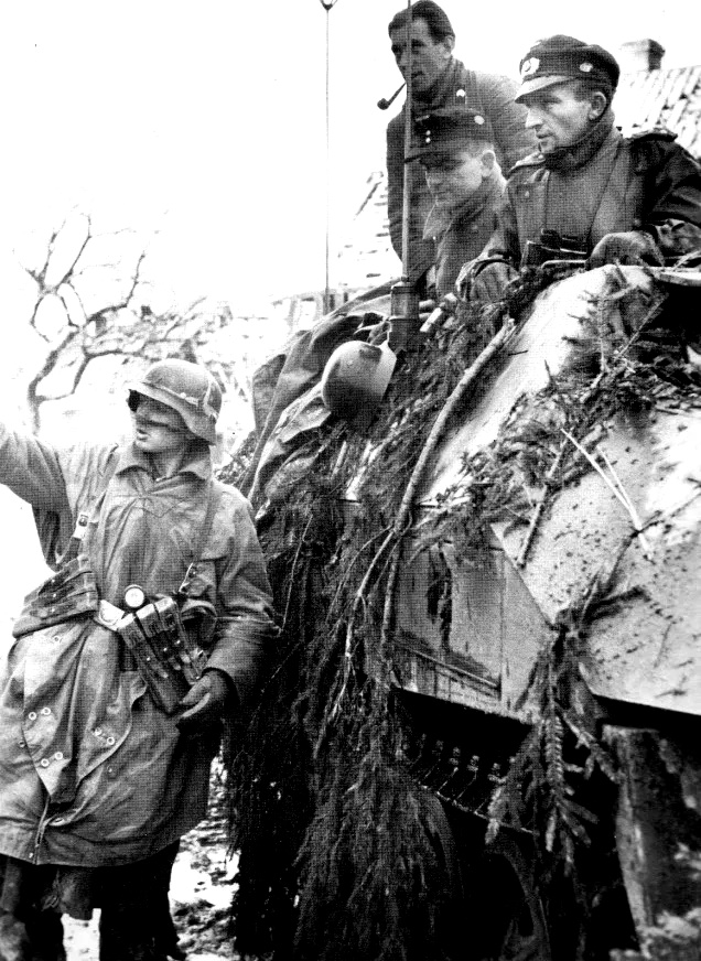 Element of Manteuffel's 5.Panzer-Army moving ahead Dec 17 1944