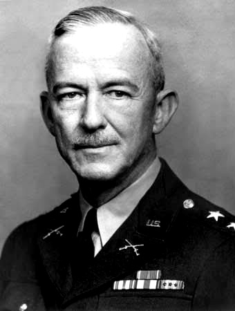 Gen Courtney Hodges