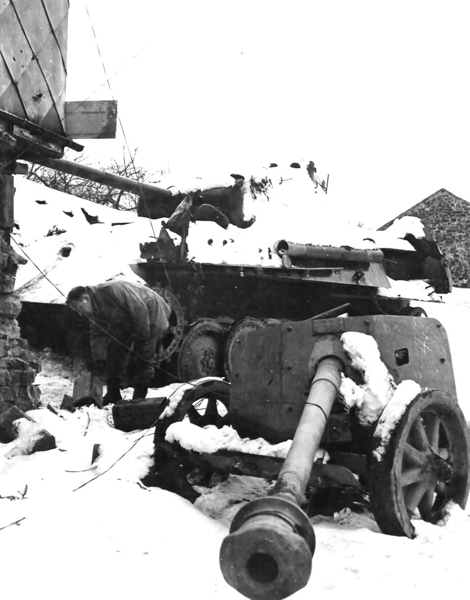 Stavelot, Destroyed Mark V Panther and abandoned 75-MM Pak 40