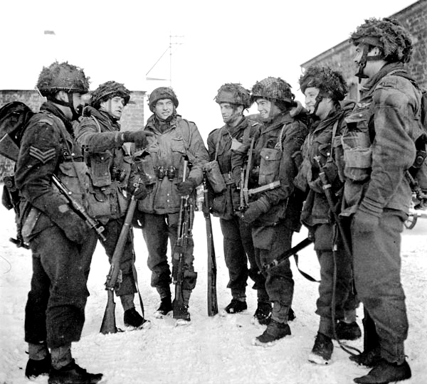 Paratroopers of the 1st Canadian Parachute Battalion preparing for a patrol, Bande, Belgium, 15 January 1945